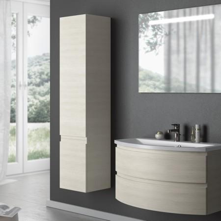 Waschtisch, Badmöbel, Hochschrank und Spiegel der Badmöbel-Serie FLASH.