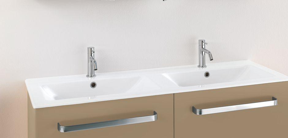 Badmöbel für kleine Badezimmer und Waschtische | Bad-Direkt